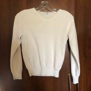 🍉2/$15 Uniqlo Knit V-Neck Sweater S (Fit like XS)